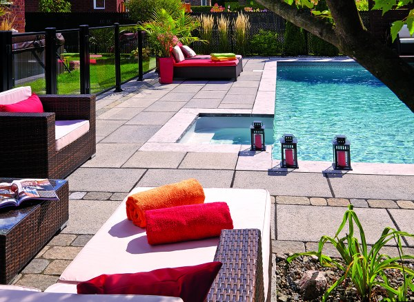 Permacon Lexa slab pool backyard