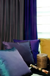 design-trends-fabrics-colours-spring-purple
