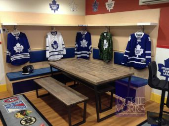 maple leaf themed room