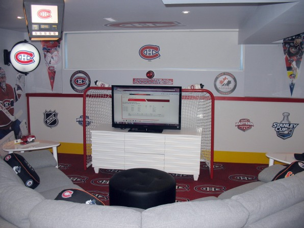 Rink Boards Overview wall Twitter