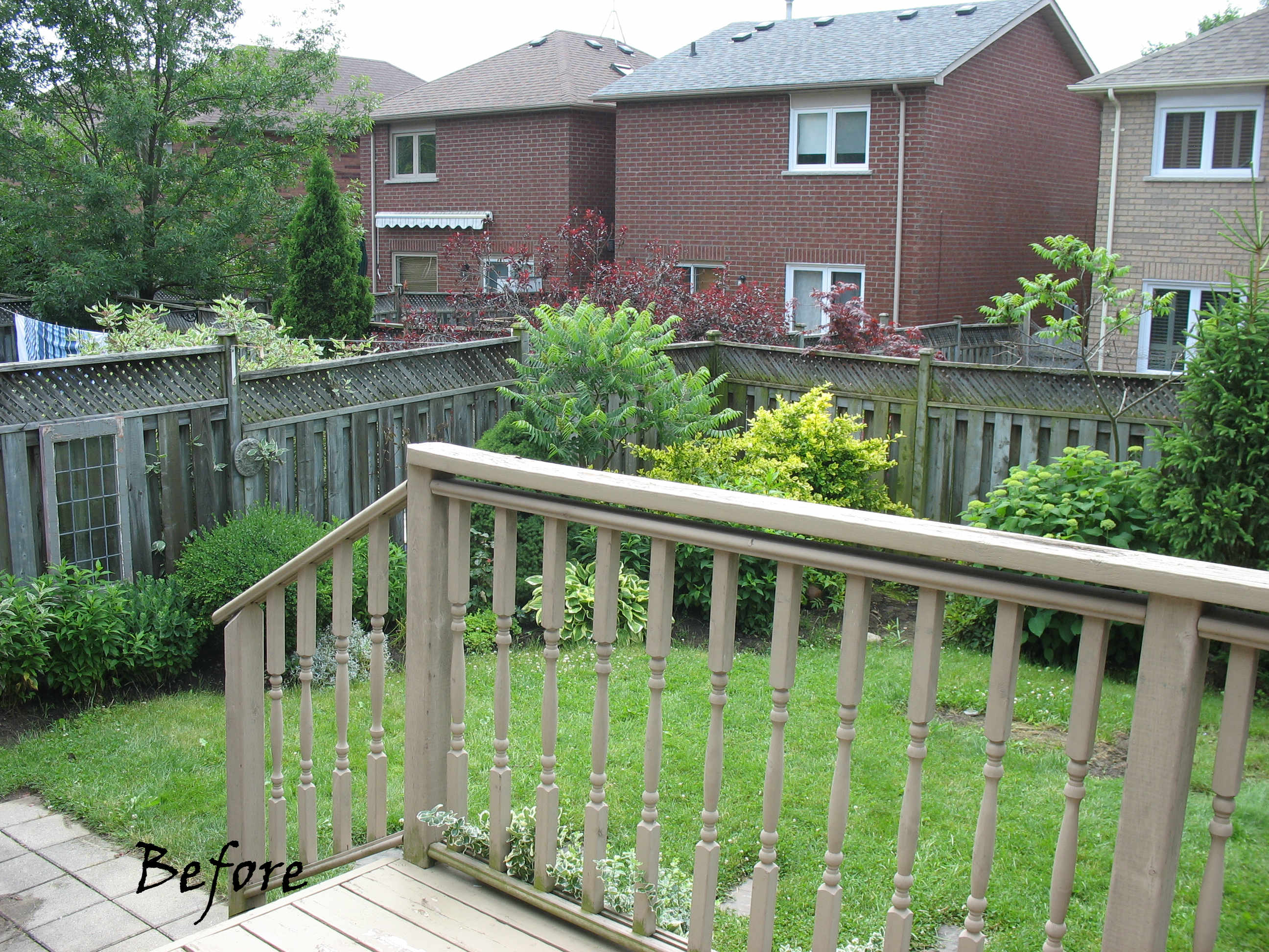 backyard-before-makeover-outdoor-living